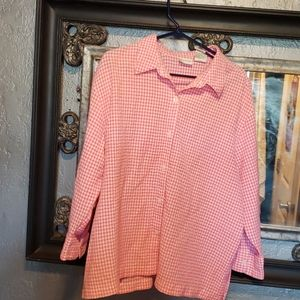 Adorable Pink & White Checkered blouse
